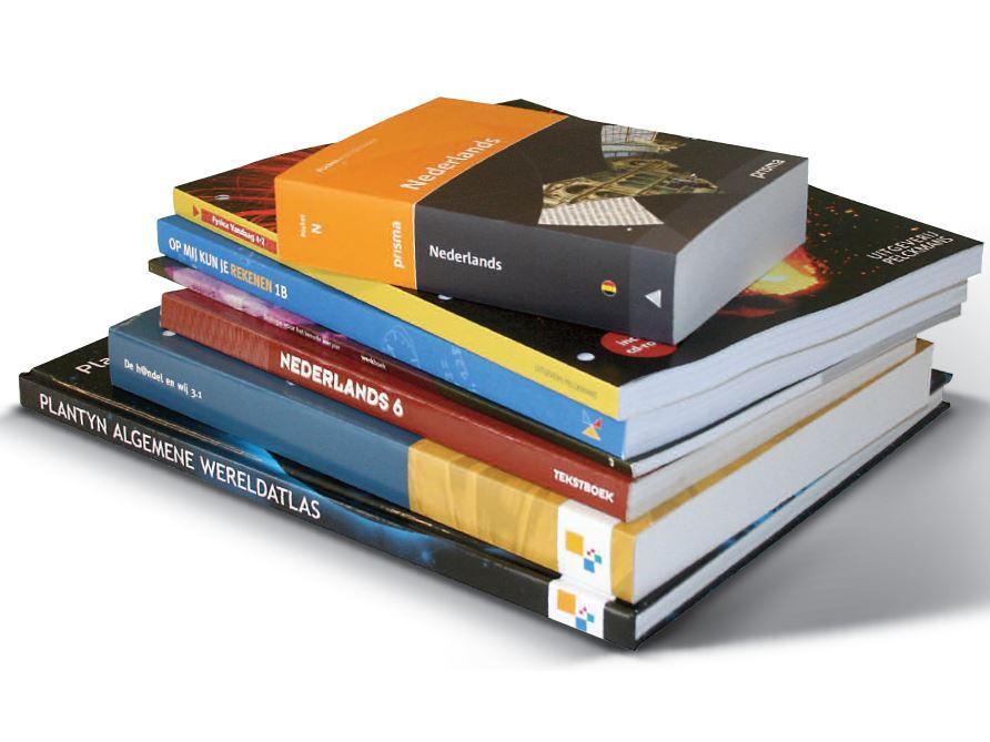 Schoolboeken op een stapeltje
